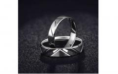 作为结婚戒指白色18k金很受欢迎哦!