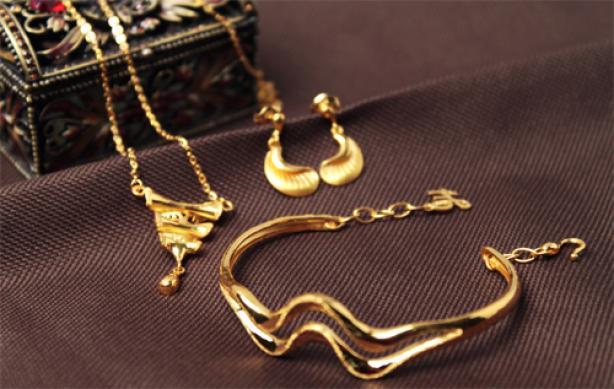 黄金首饰的回收价格